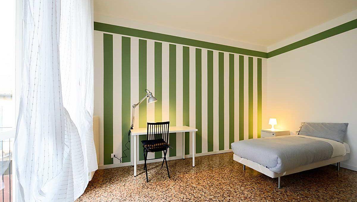 01-Zum36_25B-Bedroom