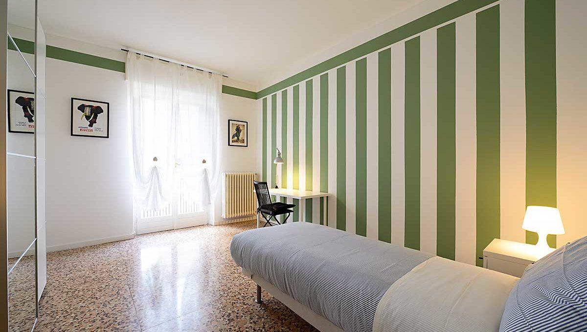 01-Zum36_25B-Bedroom_2