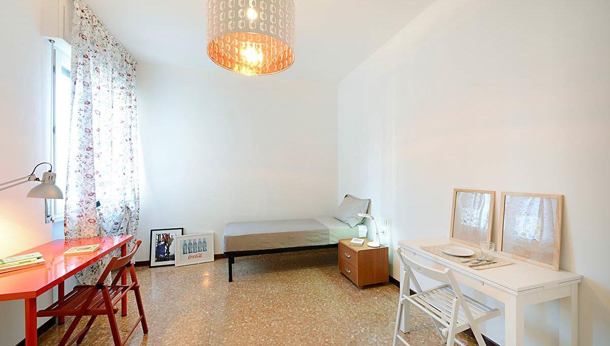 01-Zum36-18A_Bedroom