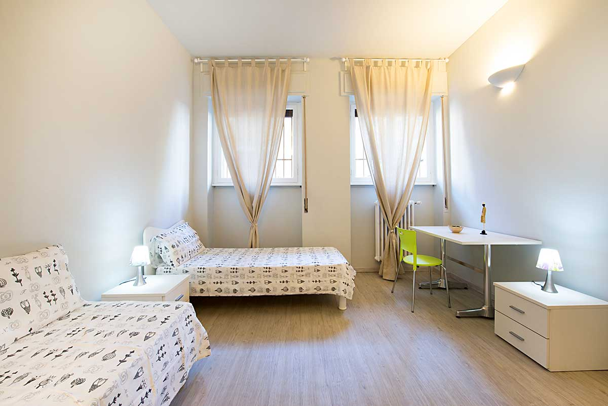 Single bedroom with private bathroom • 8A