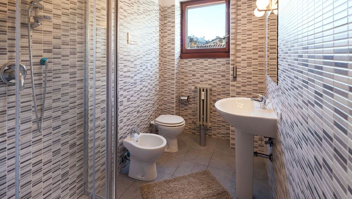 Bia1-13_Bathroom-g