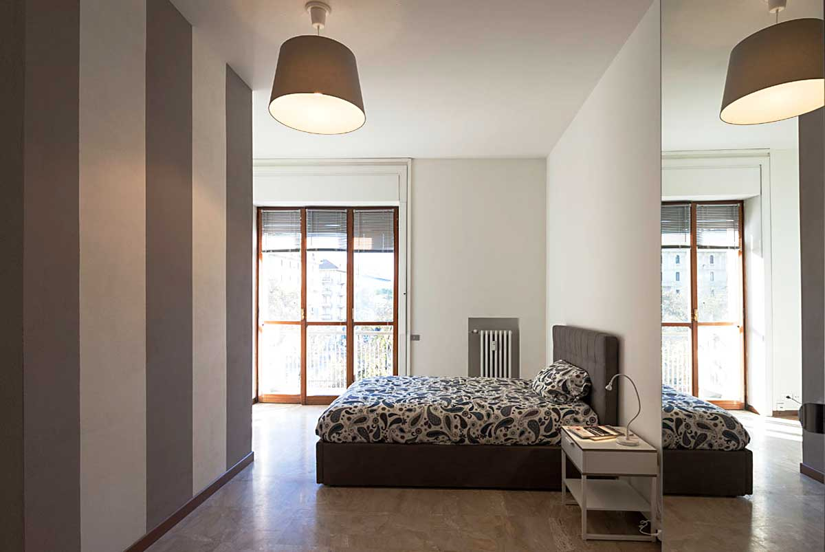 Single bedroom in a 6 bedrooms apartment • 13B