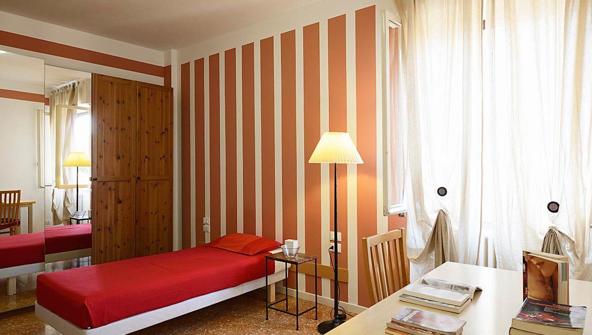 Zum36-28A_Bedroom