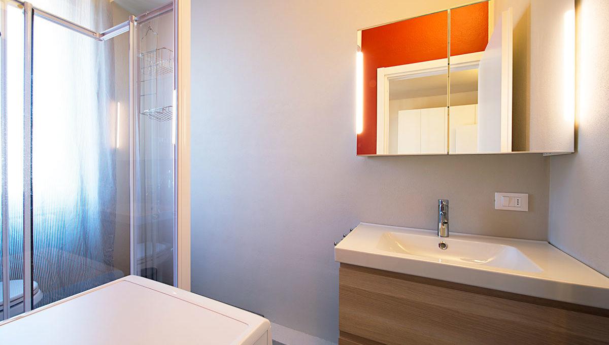 Zum36-32A_Bathroom
