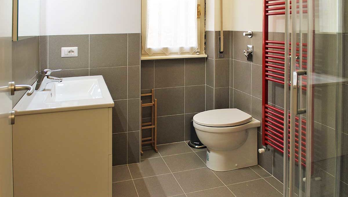 Zum36-37-Bathroom
