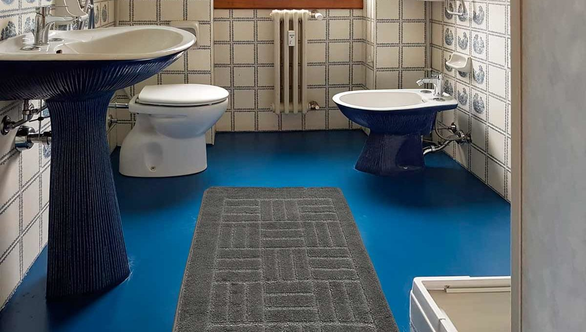 Bathroom2-Ste-803