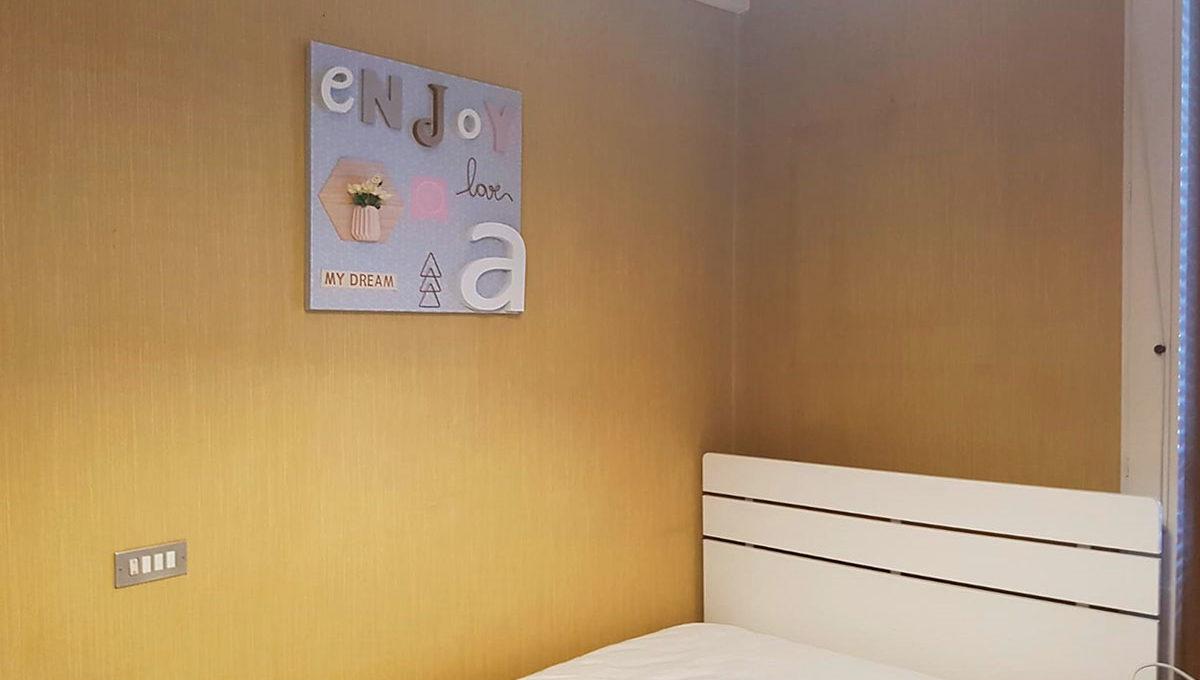 Bedroom-A-Ste-803